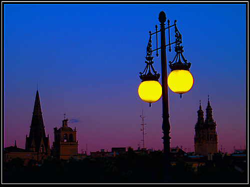 Logroño by night...